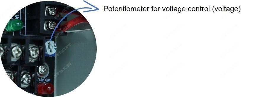 CCTV Power supply voltage regulator