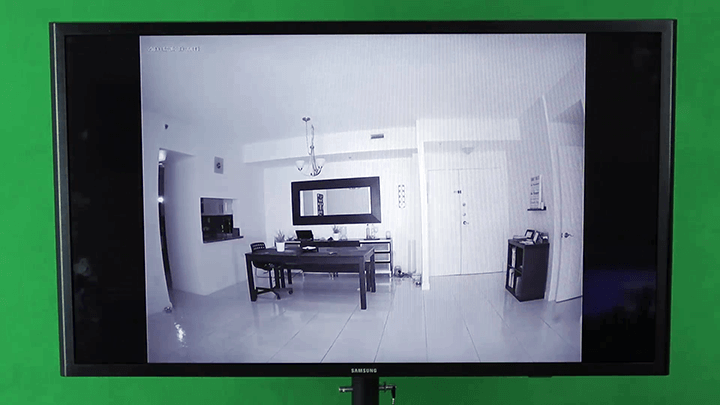 Chromecast shows the security camera on the TV